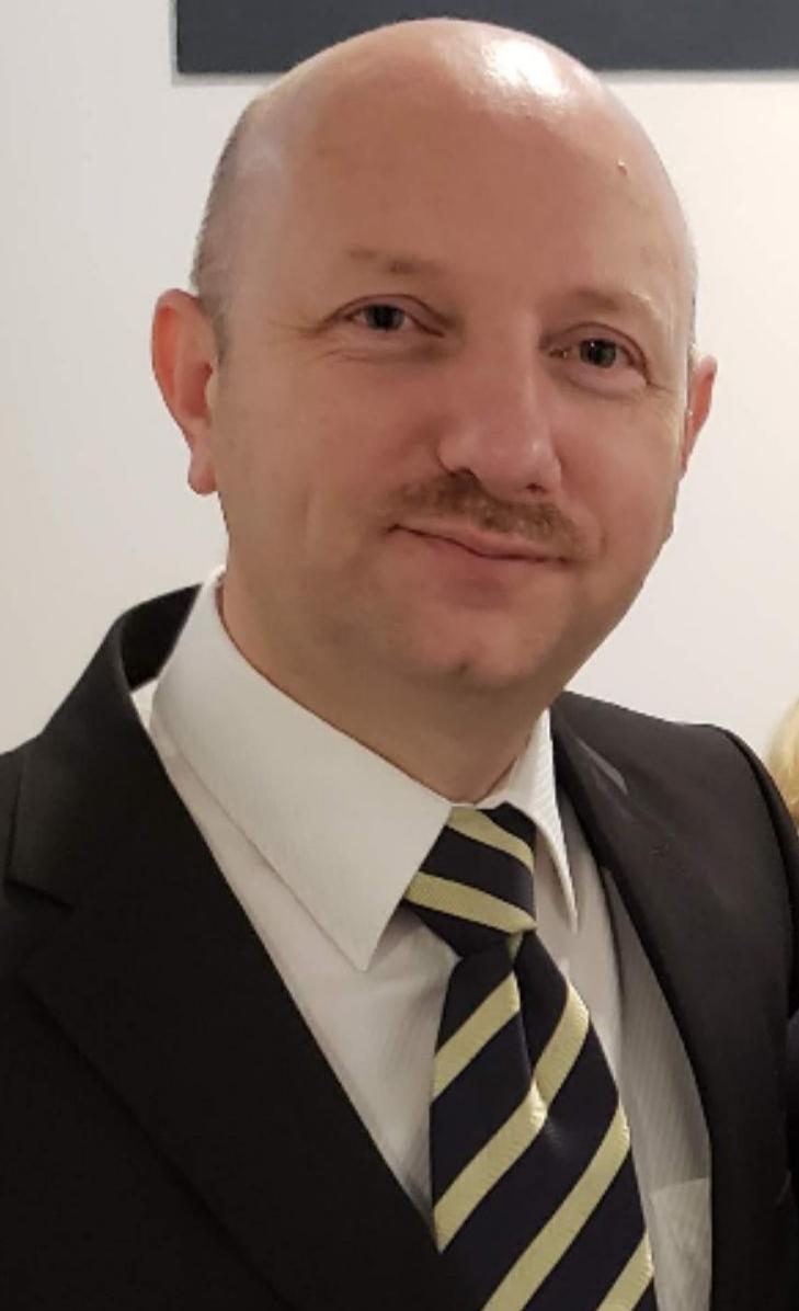 Doc.dr Emir Tahirović :